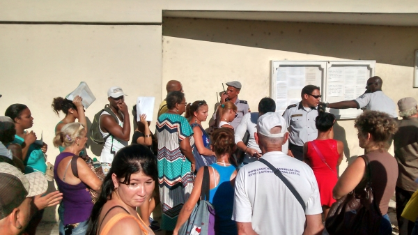 Imágenes colapso Tramit documental CE Habana